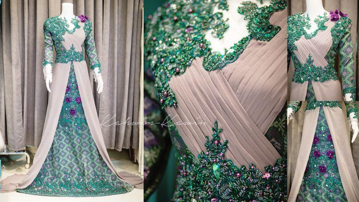 Songket bride. Pleated sash, intricate embellishments and a long chiffon drape. Designed by Ira KAHWINKAWINBRIDAL