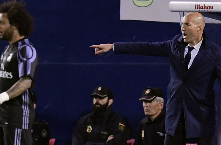 Madrid Kecolongan2 Gol, Zidane Ngamuk di Ruang Ganti -  https://www.football5star.com/liga-spanyol/madrid-kecolongan2-gol-zidane-ngamuk-di-ruang-ganti/