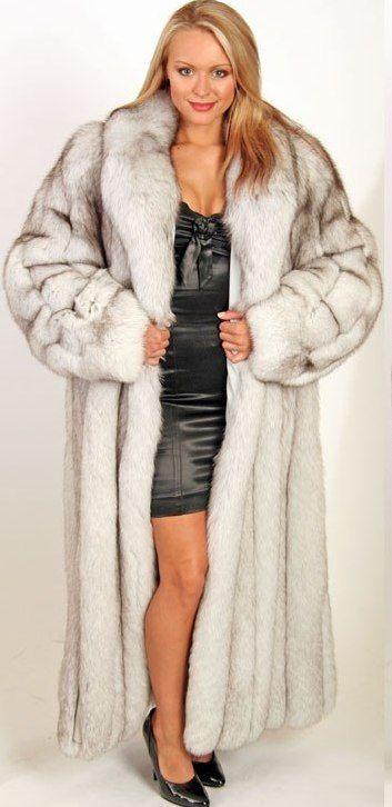 Brandy alexandre queen of the mini skirt - 4 1