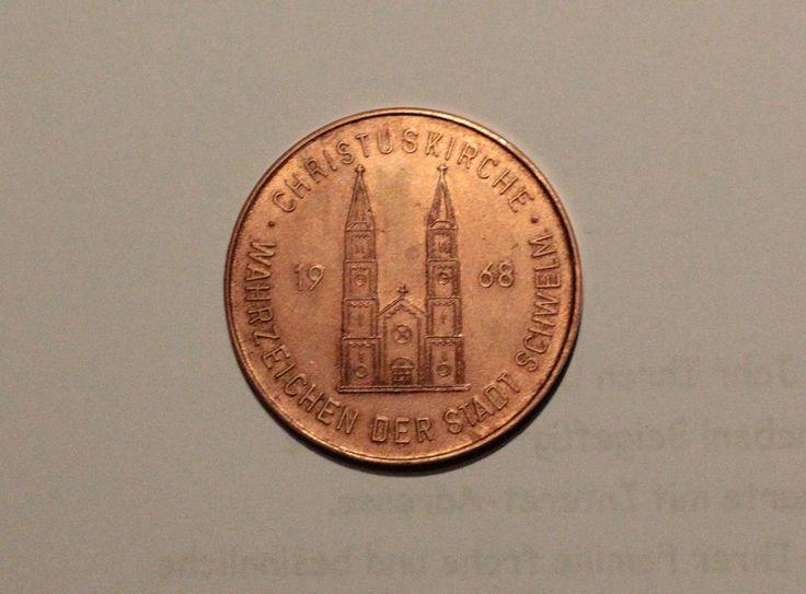 Als  1968 die Türme der Christuskirche neue Helme bekamen wurden zu diesem Anlass Gedenkmünzen geprägt