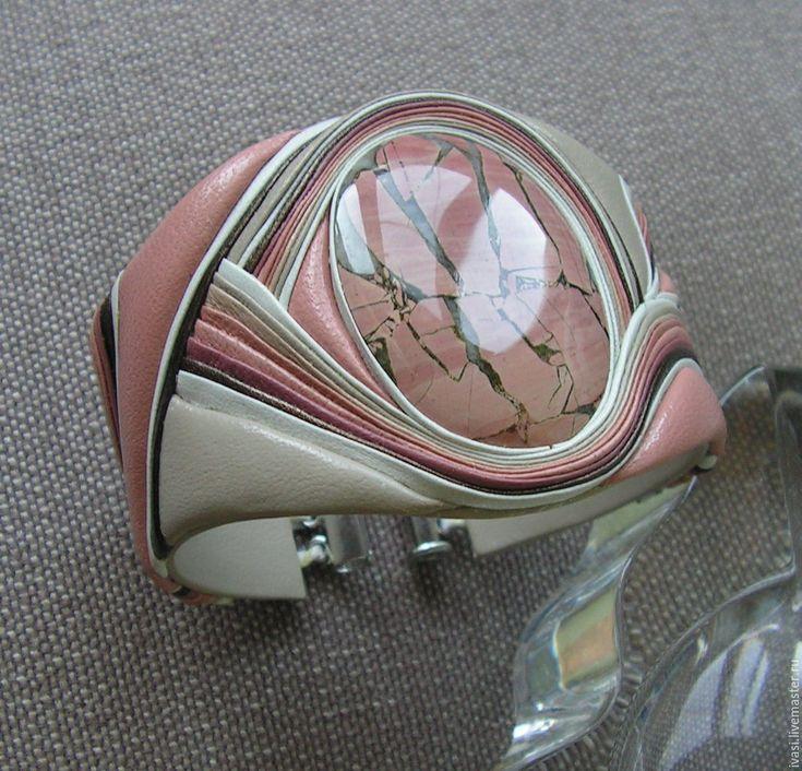 """Купить Колье-гривна из кожи """"Ласковый май """" - комбинированный, колье из кожи и камня"""