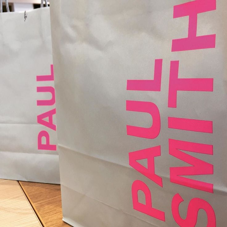 #paulsmith でお財布を40%オフでget パイセンも同じデザインでキーケース笑   #おそろ  #おそろい  #ポールスミス #ポールスミス長財布 #木更津アウトレット  #木更津 #お買い物 #財布 #サイフ #社員旅行