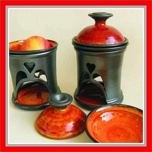 Pícka na jablko nebo česnek - pekelská srdíčková, točená keramika.