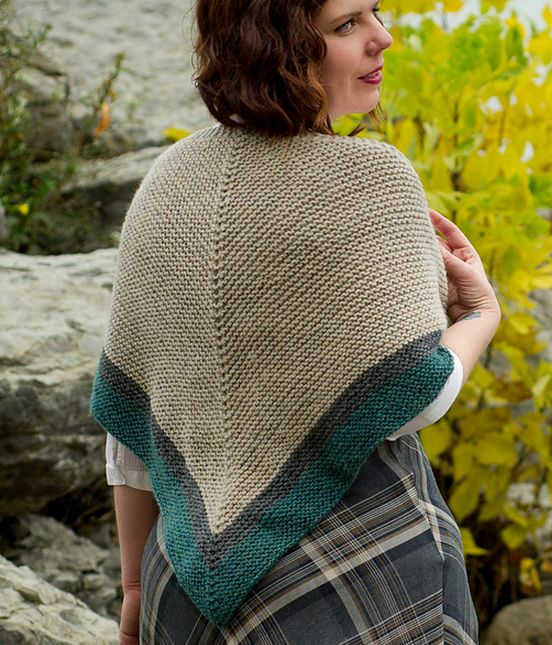 Highland Travel Shawl - Rent Shawl Free Knitting Pattern| Outlander Inspired Knitting Patterns at http://intheloopknitting.com/outlander-inspired-knitting-patterns/