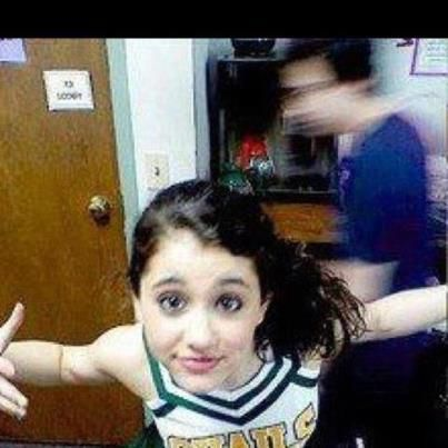 Ariana Grande your too cute!!!!!