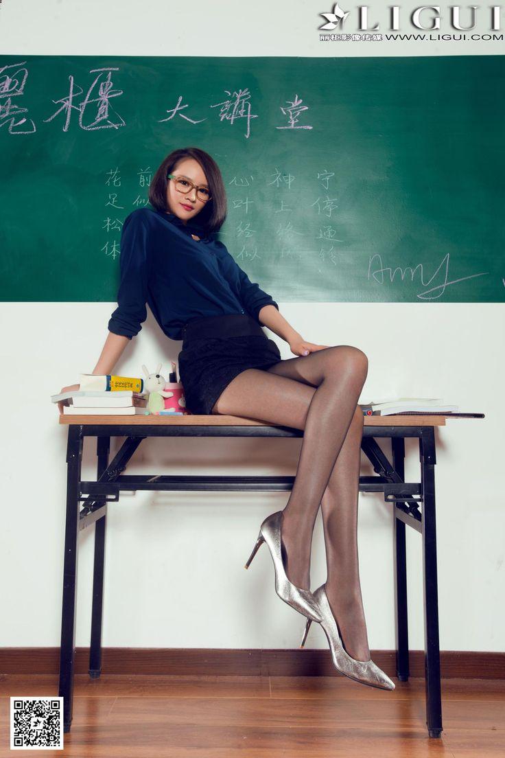 [Ligui丽柜] AMY - 教室里的黑丝女教师_第7页/第2张图