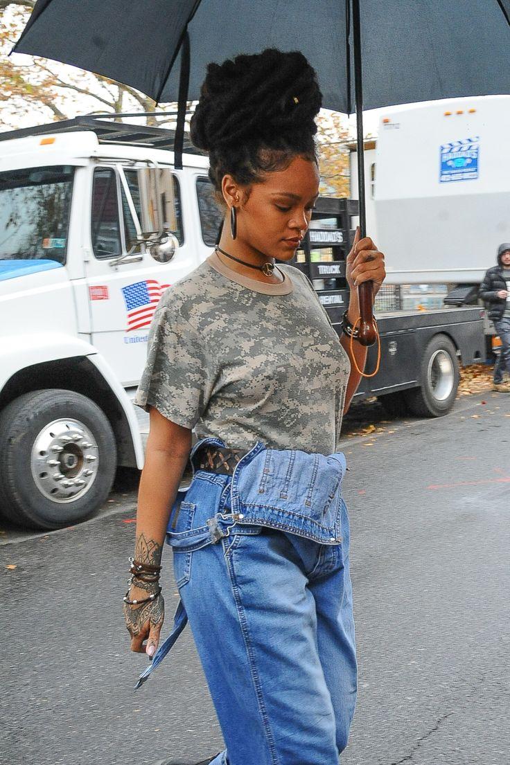 "November 9: Rihanna on the set of 'Ocena's Eight' in NYC """