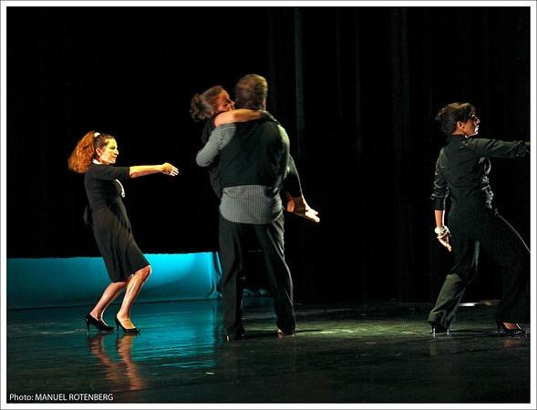 PATRICIA RINCON: Blurred Borders 2009 photo  rotepix.com