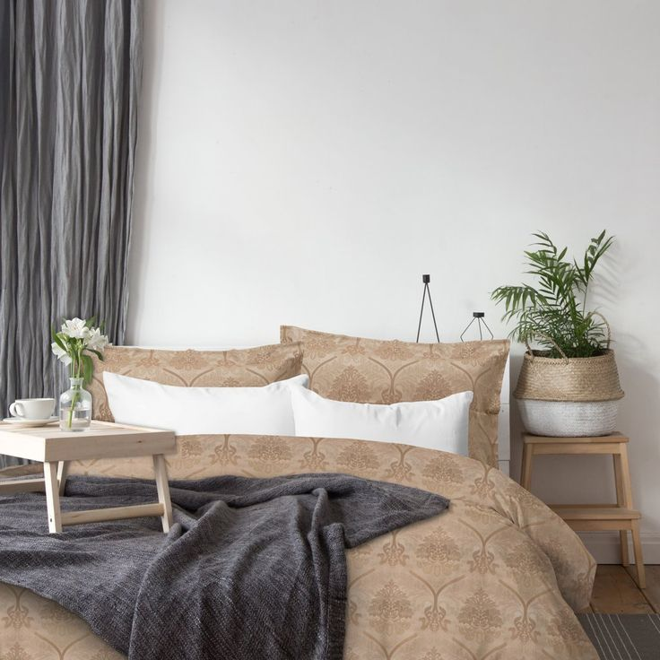 Our TibarioJacquard Duvet Cover Set was designed using arabesque inspiration. This luxury bedding set is designed and woven in Italy using 100% Egyptian Cotton -340 Thread Count giving it a smooth, soft and a subtle shine. Available in King size.