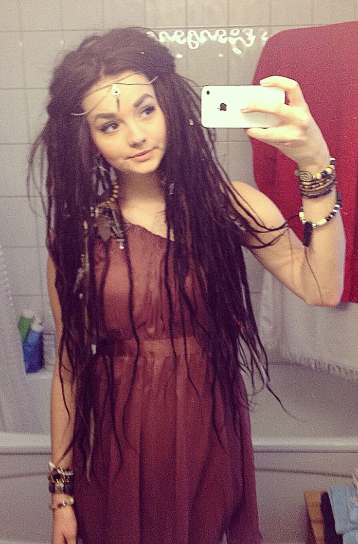 I just want to at least try the most natural, low maintenance hairstyle there is... Dread locks! So pretty!