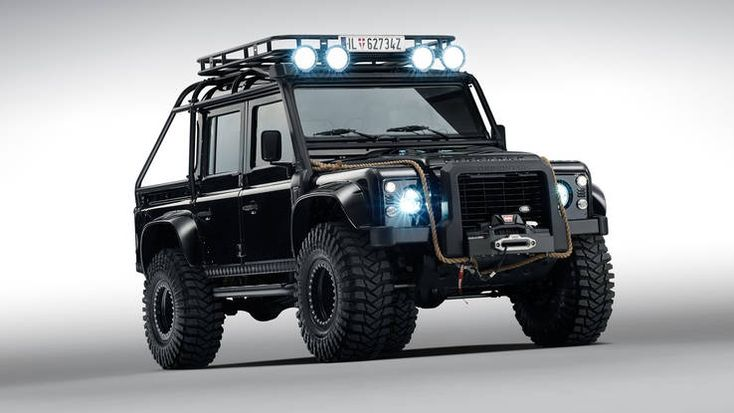 Land Rover Defender Big Foot from Spectre  http://autoweek.com/article/car-life/cars-featured-james-bond-film-spectre