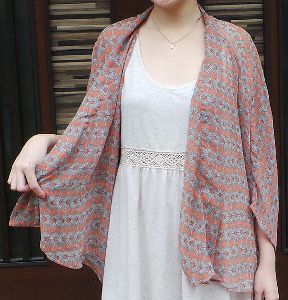 Peach Kimono - Spring in Kyoto. Love the soft, feminine look!