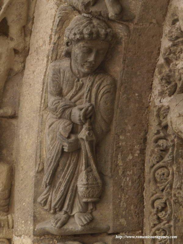 Estella Iglesia De San Miguel Romanico En Navarra A Garcia Omedes Estatuas Tallado En Piedra Iglesia