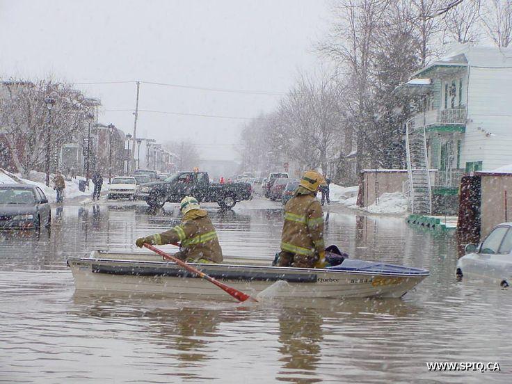 WWW.SPIQ.CA - Bris d'aqueduc et dégât d'eau majeurs à Québec  23 mars 2004