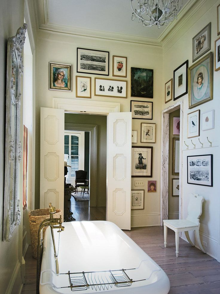 Take a Virtual Stroll Through 5 Beautiful New Orleans Homes — Southern Style ~ETS #bathroom