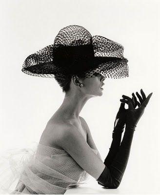 A girl can dream, right?: Hats, Vintage Fashion, Audrey Hepburn, Audreyhepburn, Gloves, Jeans Shrimpton, Jeanshrimpton, Fashion Photography