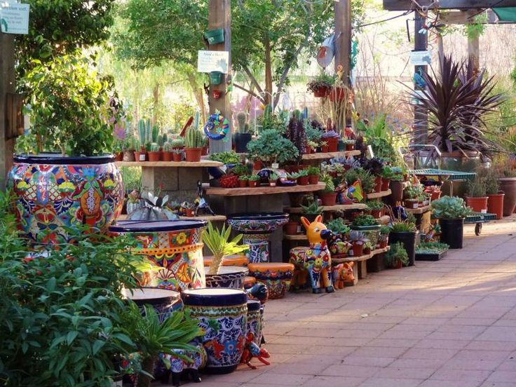 34 best Mexican themed gardens images on Pinterest ... on Mexican Backyard Decor id=45213