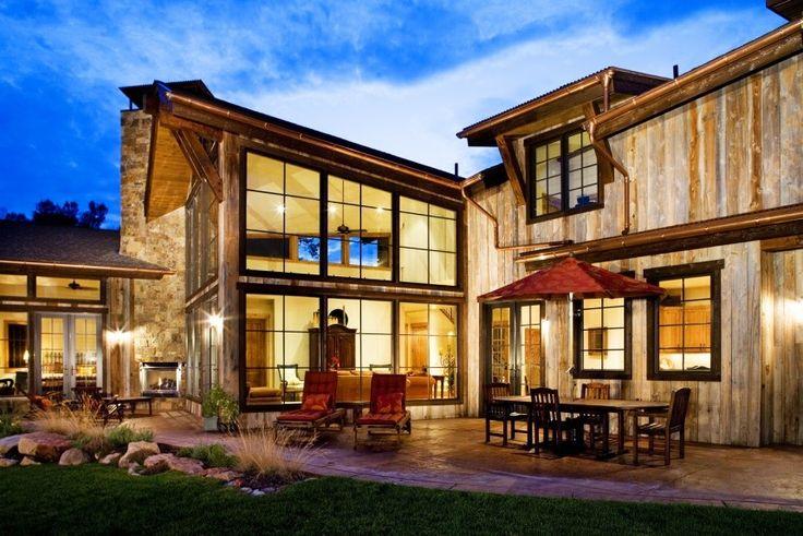 Blue Creek Ranch House by David Johnston Architects