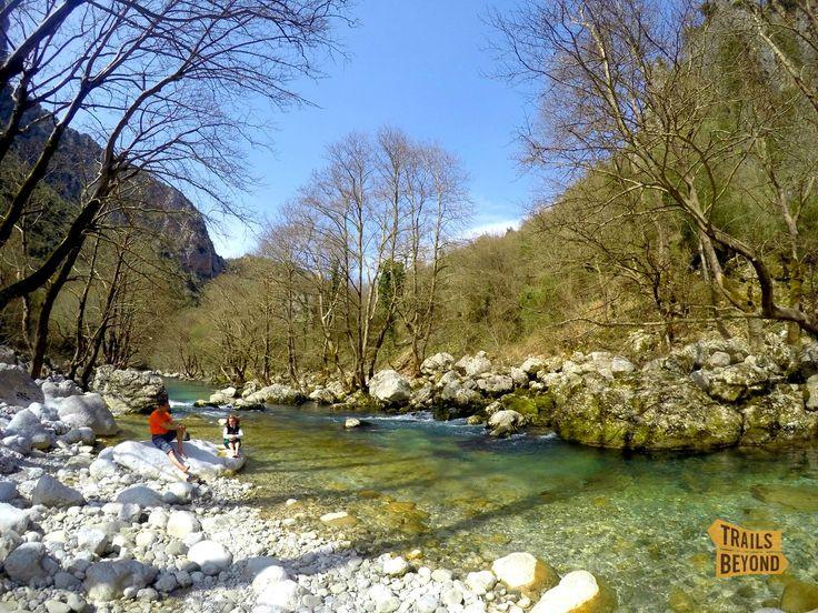 Hiking through Vikos gorge, enjoying Voidomatis river