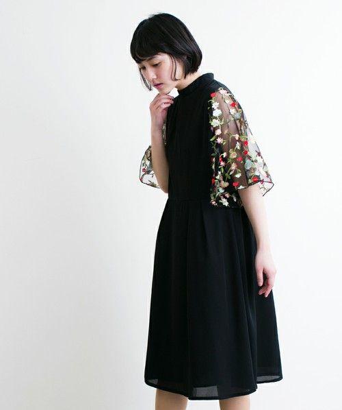 【ZOZOTOWN|送料無料】merlot plus(メルロープリュス)のワンピース「花刺繍レーススリーブワンピース5949」(868713535949)を購入できます。