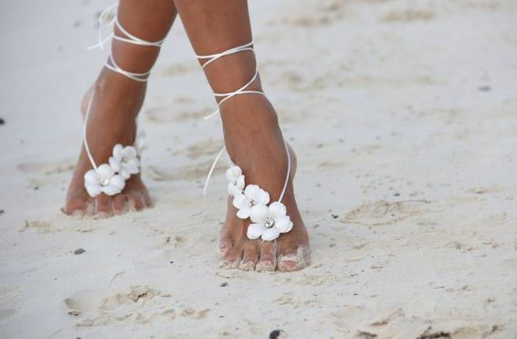 happilyeverborrowed:  As the summer is coming to a close sadly so are the glorious beach days filled with sun sand and relaxation. To help end the summer on a happy note take a look at these beautiful beach-themed wedding shoes that arent shoes at all.  #TuesdayShoesday