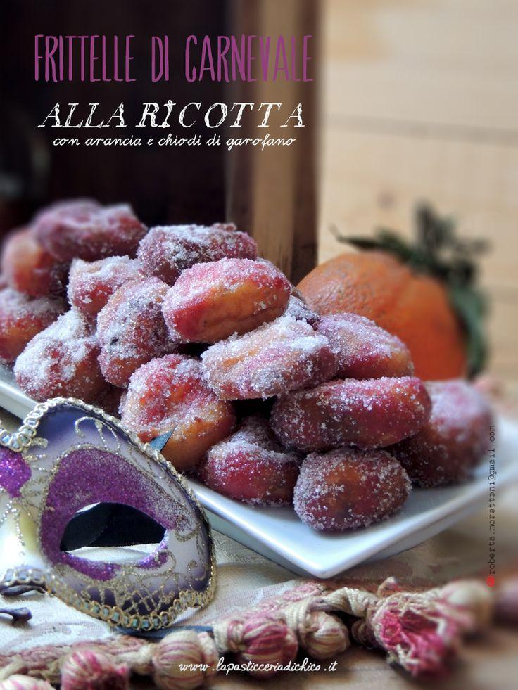 Le Frittelle di Carnevale alla ricotta con arancia e chiodi di garofano! Un semplice e sfizioso dolce carnevalesco realizzato con della buona ricotta e aromi invitanti!   INGREDIENTI E  LE SPIEGAZIONI DETTAGLIETE su: http://www.lapasticceriadichico.it/2015/01/frittelle-di-carnevale-alla-ricotta-con.html