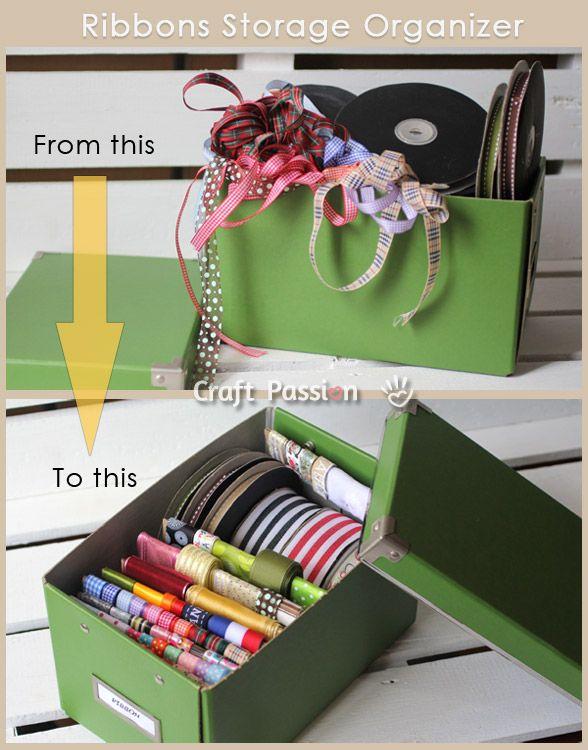 fitas organizadas na caixa de papelao
