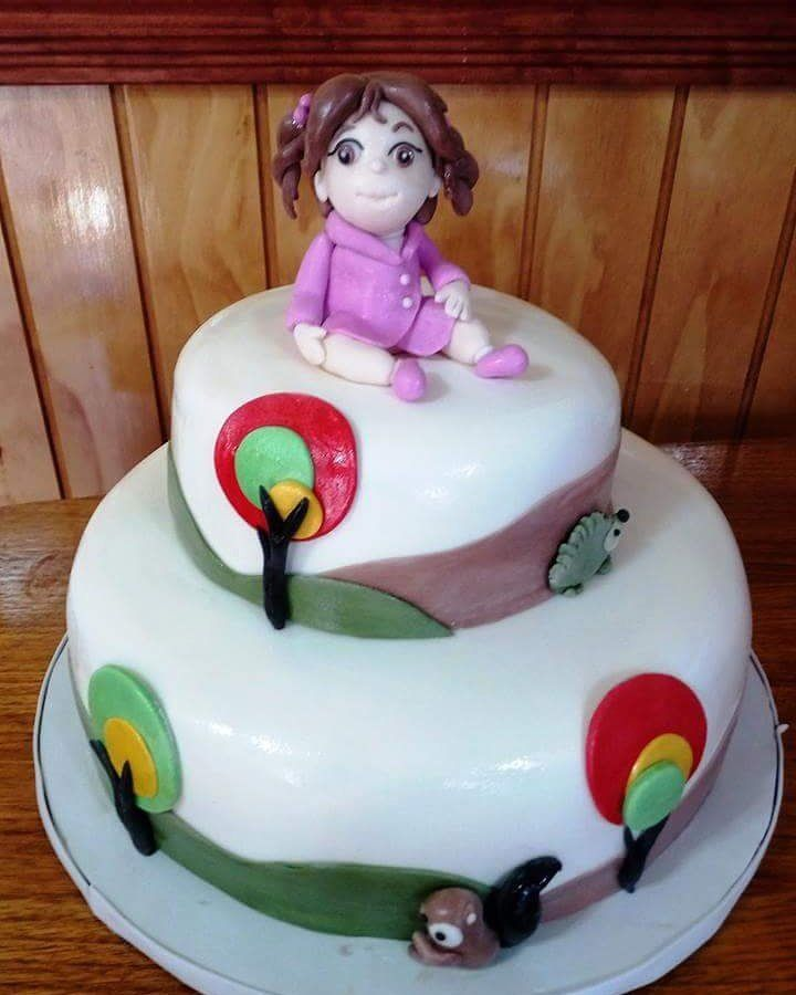 #Girl #Fondant #cake by Volován Productos #instacake #puq #Chile #VolovanProductos #Cakes #Cakestagram #SweetCake