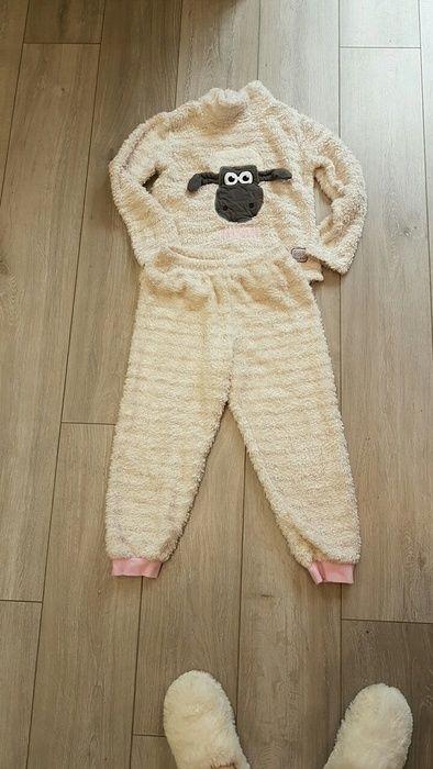 Shaun the Sheep fluffy pjs 7-8 years