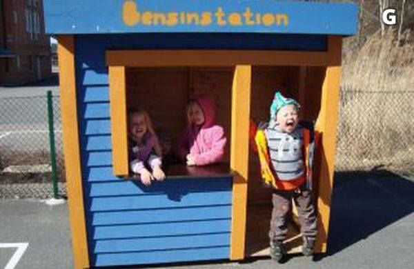 Bensinstation  at Happy Kids Education Kungsbacka.... Sweden