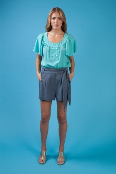 $172 Annie Griffin Chambray Shorts