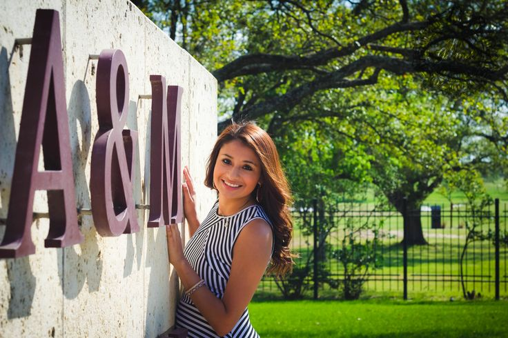 Texas A&M Senior Photography. College Station. Texas A&M Traditions. W.Gilmer Photography.