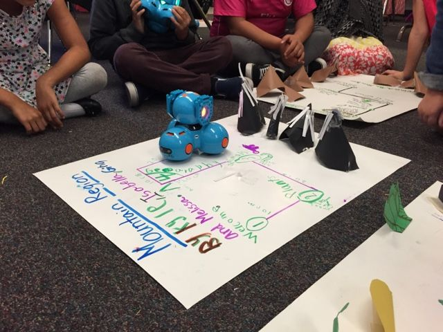 STEAM Ideas: Dash Robots and the 4 Regions of California