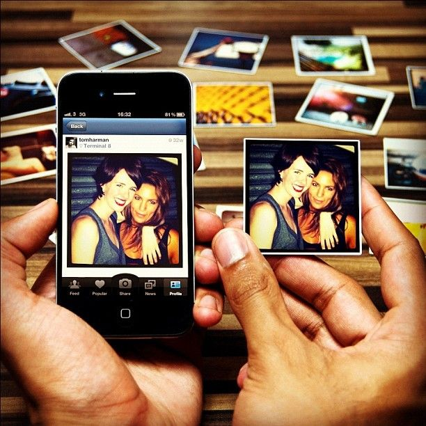 This website makes your Instagrams real. Create a pack of magnets in seconds. Plus delivery time.