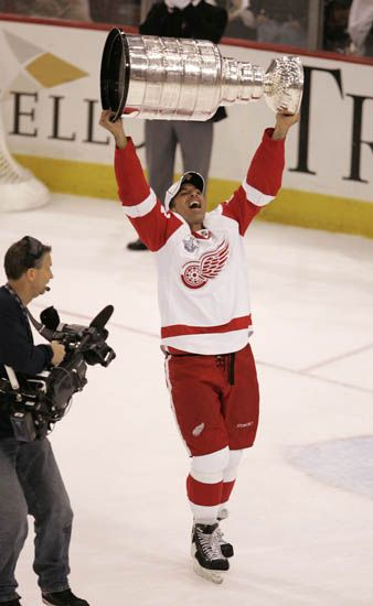 Chris Chelios was elected to the Hockey Hall of Fame on Tuesday, July 9, 2013