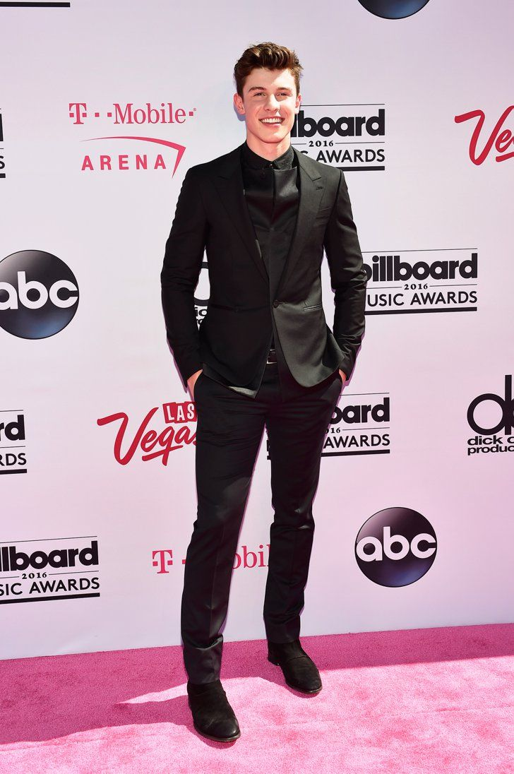 Pin for Later: Shawn Mendes Shows Fans Some Love at the Billboard Music Awards