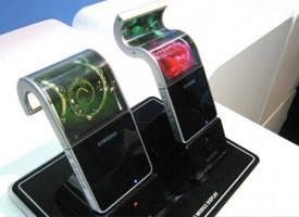 High tech displays - So cool!Badges, Samsung Flexibility, Flexibility Display, Technology, Galaxies Note, Samsung Galaxies S3, Screens, Tech Gadgets, Mobile