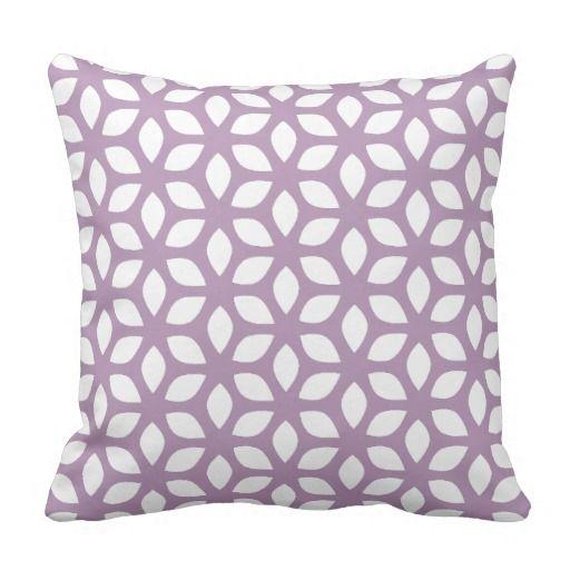 Modelo geométrico púrpura violeta de la lavanda cojin