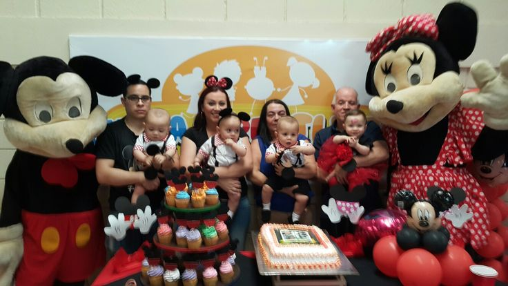Cuatrillizos con Mickey y Minnie Mouse 8831-3232