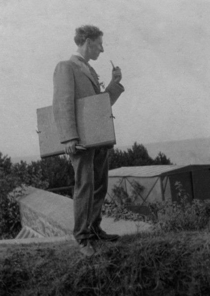 Oliver Gotch with pipe, pens and portfolio, on a sketching trip in France