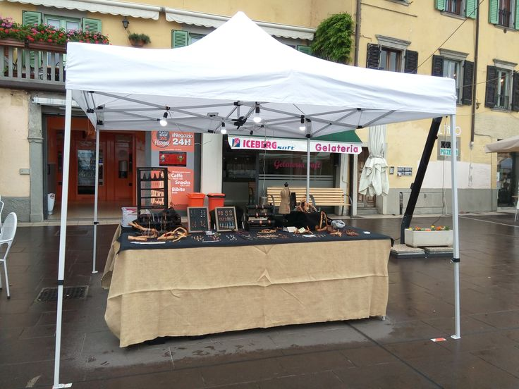 Pronta! La festa inizia alle 14:00 noi siamo qua :) #strigarium #robirosa #jewelry #handmade #1maggio #mercatini