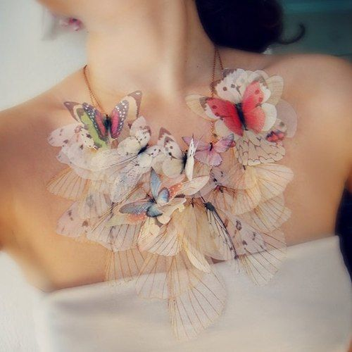 { butterfly necklace }  so delicate, dainty & gorgeous...not sure i could pull it off...but sure is pretty to look at!