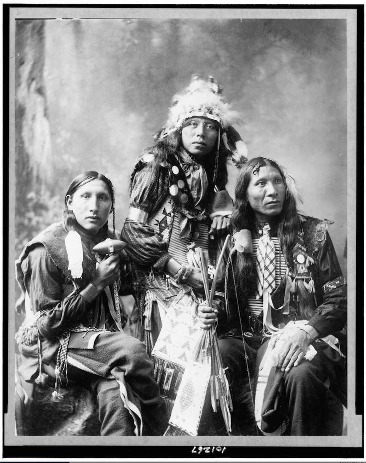 Poor Elk, Shout For, Eagle Shirt, Oglala - Heyn Photo - 1899