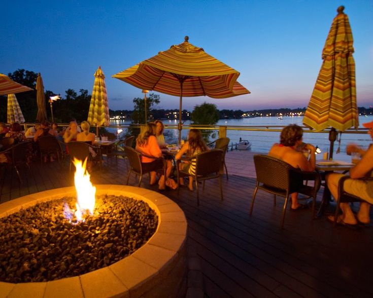 Restaurants with a View: Bracco Waterfront Grill & Bar, Okoboji Iowa
