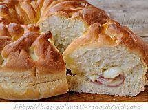 Ciambella intrecciata di pan brioche salata