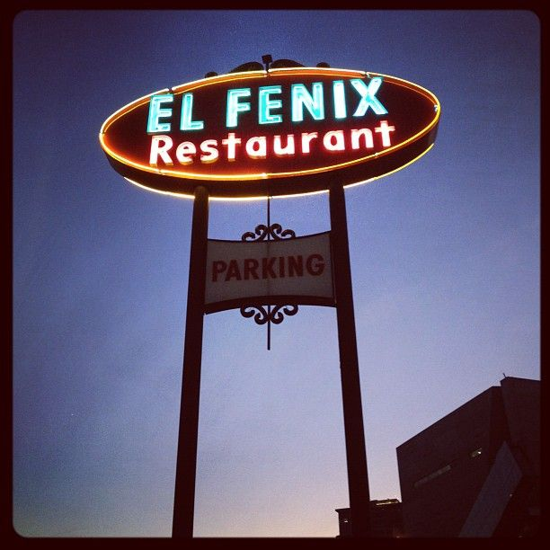 El Fenix Restaurant in Dallas, TX