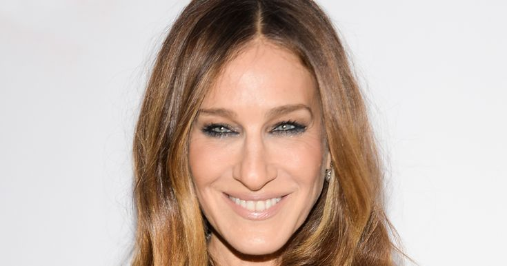 Stop Everything: Sarah Jessica Parkers SATC Hair Is A Lie #refinery29 http://www.refinery29.com/2016/10/128040/sarah-jessica-parker-stash-perfume-new-scent
