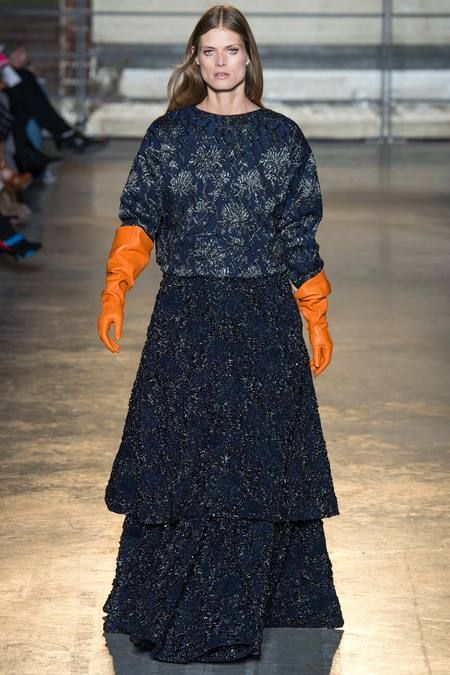 Rochas | Fall 2014 Ready-to-Wear Collection | #navy #floral with orange gloves. #mizustyle