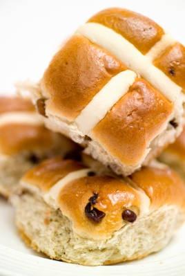 hot cross buns - British food