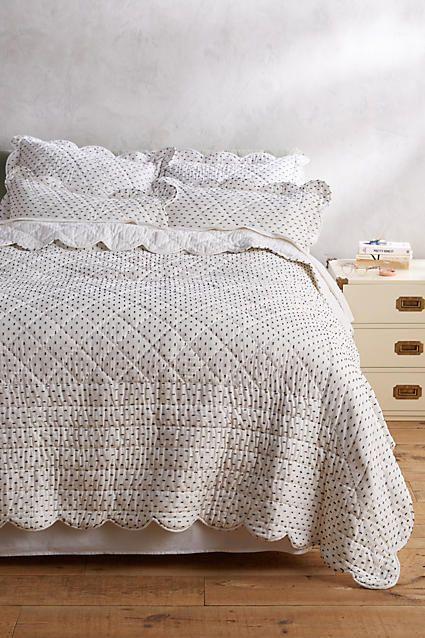 Swiss Dot Quilt & Bedding